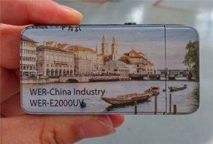 Electric Lighter는 A3 크기의 소형 UV 프린터 -WER-E2000UV에 의해 인쇄되었습니다.