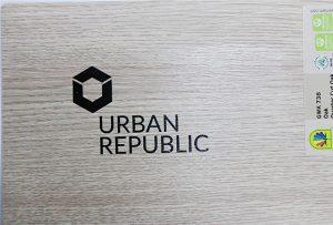 WER-D4880UV 2에 의한 목재 재질의 로고 인쇄